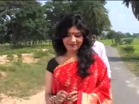 Desi Aunty Like Hot Mallu College Girl Openly In Road Mms Video Clips Part 5)