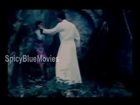 Mallu College Girl Hot Romance with Lover in Five Nights Hot Tamil Movie