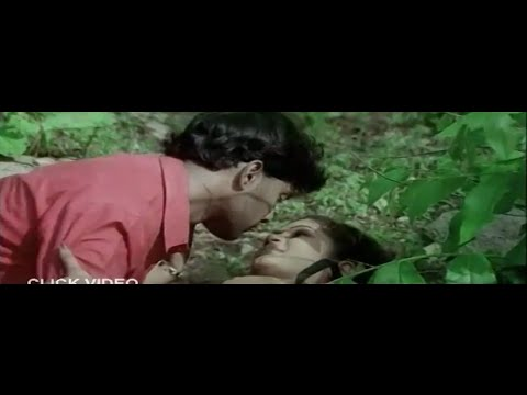 Unknown Person Hot Romance with College Girl in Park From Neelo Nenu Telugu Hot Movie