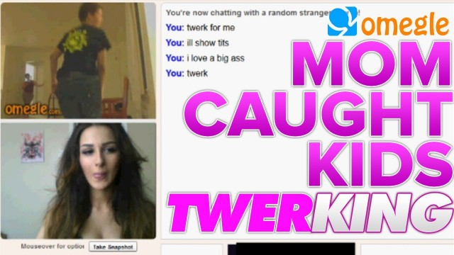 Mom Caught Kids Twerking! (Funny Omegle Moments)