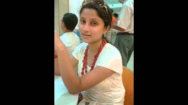 BENGALI HOT COLLEGE GIRL & South Indian Mallu SEXY Aunty Hot