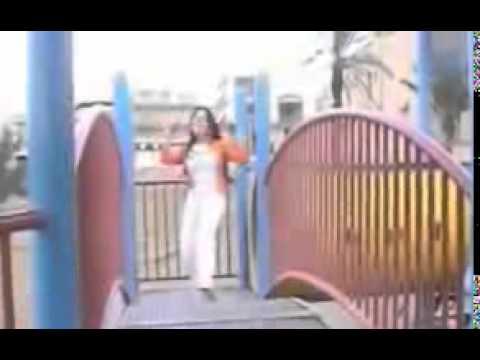 Pakistani college Girl Mujra Sexy Hot must waych