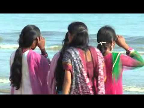 india college girl hot bathing scene in degha sea beach