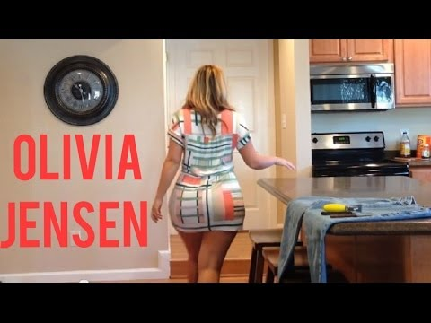 Gorgeous PAWG Olivia Jensen