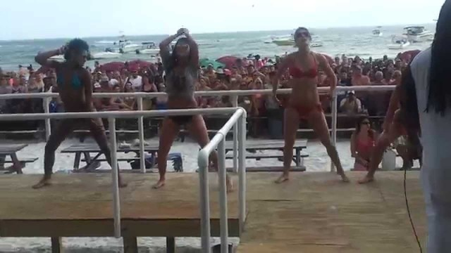 Booty shaking contest fort myers beach spring break 2014 part1