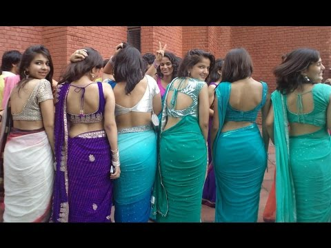 Hot Indian Teen College Girls Sexy Pose