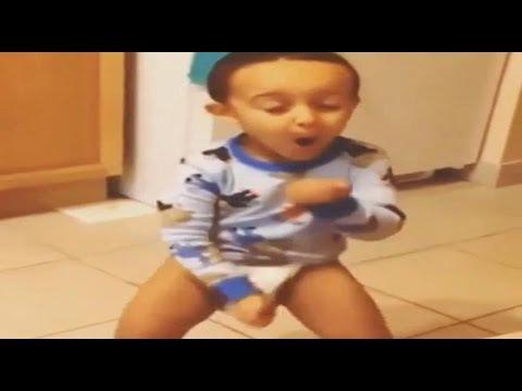 Baby twerking dont drop that thun thun thun